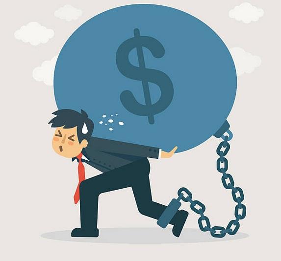 spirala-długów-kredyt-i-chwilówki