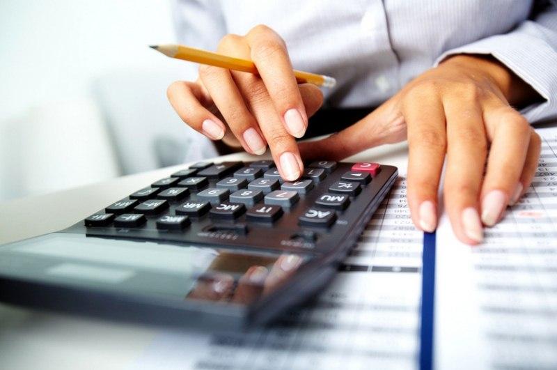 czy-komornik-moze-zajac-wynagrodzenie-i-konto-bankowe-jednoczesnie